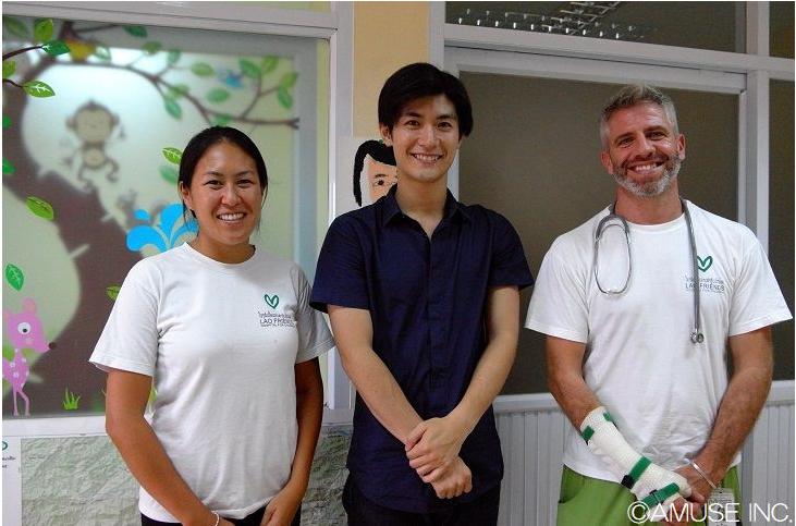 三浦春馬さん ラオスのラオ・フレンズ小児病院を訪問 2017年9月