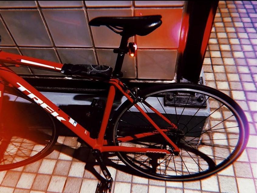 三浦春馬自転車赤trek instagram