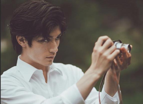 三浦春馬 カメラ