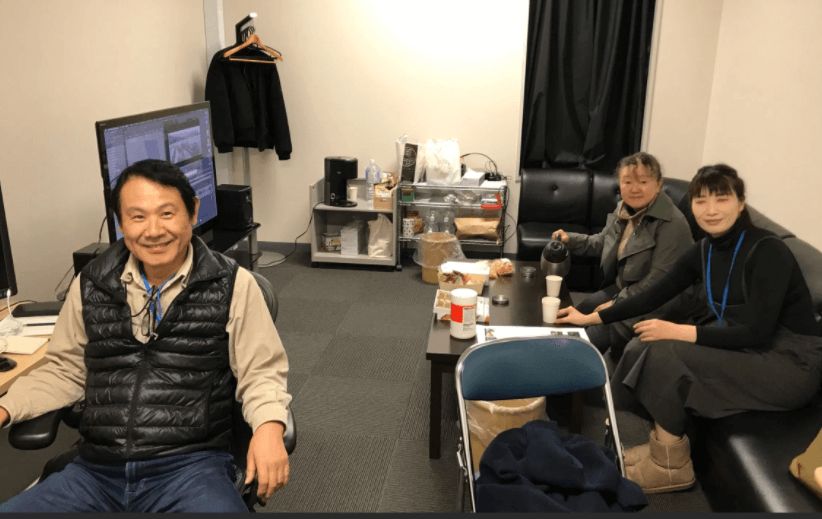 天外者てんがらもんスタッフ編集の川島さんと助手の光岡さん、記録の松澤さん